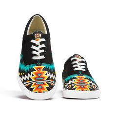 Navajo Womens Shoe  These are cool