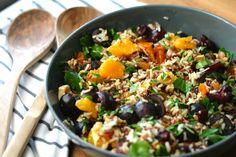 Reishunger: Fruchtiger Salat mit Vollkorn Jasmin Reis - kombiniert mit Trauben, Nüssen und Orange