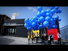 """Three weeks prior to the April 24 release of his debut album Blunderbuss (Third Man Records/Columbia), Third Man Records has premiered the as yet unreleased Jack White album track """"Freedom at 21"""" exclusively via 1000 flexi-disc records attached to helium balloons launched from the label headquarters in Nashville on April 1st, 2012."""