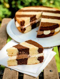 beautiful striped cake <3