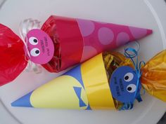 Backyardigans Party Favors- I may try this. Just the Uniqua one.