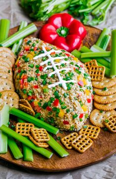You're guaranteed touchdown status at your next game day party with this Buffalo Ranch Football Cheese Ball! This crazy easy appetizer can be made in advance and is portable and DELICIOUS! Super Bowl Party, Ranch Dip, Tailgating Recipes, Tailgate Food, Football Tailgate, Sloppy Joe, Food Network, Super Bowl Essen, Appetizer Recipes