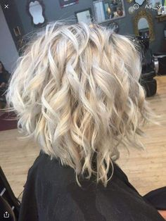 Medium Hair Styles, Curly Hair Styles, Brown Blonde Hair, Hair Color And Cut, Great Hair, Hair Today, Short Hair Cuts, Hair Lengths, Hair Inspiration
