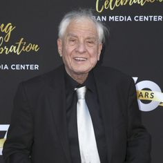 Producer Garry Marshall has died at the age of 81. Happy Days, Laverne & Shirley, Mork & Mindy: TV Series Finale looks back at his career.