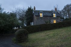 Garden Cottage, Inchyra - wedding accommodation for the Byre at Inchyra.