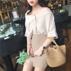 Ideas Fashion Korean Kpop Ulzzang Chic Dress For 2019 Simple Outfits, Classy Outfits, Chic Outfits, Girl Outfits, Fashion Outfits, Korean Fashion Trends, Korea Fashion, Asian Fashion, Girl Fashion