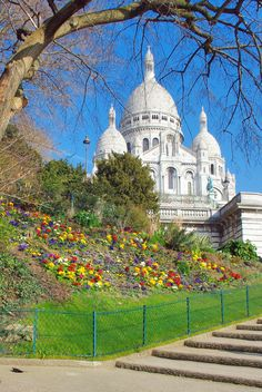 Montmartre in the Springtime!