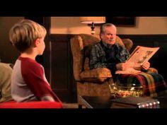 Postrach Dennis o Vánocích - YouTube