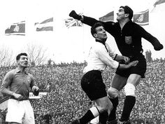 West Germany 1 Holland 2 in March 1956 in Düsseldorf. Frans de Murck punches clear for Holland in a fine friendly win.