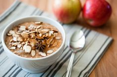 Slow cooker steel cut oatmeal with apples and almonds