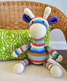 Striped Giraffe from I Love Buttons by Emma (Photo from Maybe Matilda). This little striped giraffe is absolutely perfect. The colour combination is super cute! Check out Rachel's post where you can find the free pattern as well.