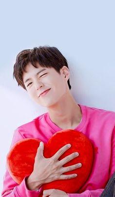 Park Bo Gum Wallpaper, Man Wallpaper, Butterfly Wallpaper, Disney Wallpaper, Korean Celebrities, Korean Actors, Park Bo Gum Cute, Park Go Bum, Handsome Asian Men