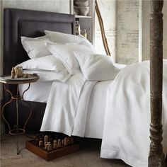 Peacock Alley Vienna White Duvet Cover