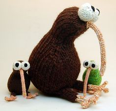 Kiwi toy: Knitty Deep Fall 2011