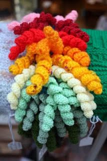 Curly Wurlies crochet -- I can think of about a dozen things to do with these cute little guys!