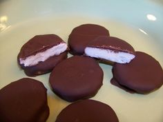 Homemade Low Carb Keto Peppermint Patties Chocolate Candy
