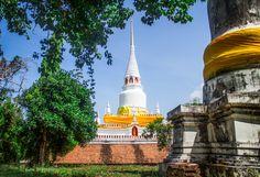 Wat Pha Kho by Rachata Chintawong on 500px