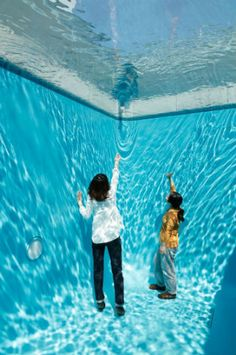 About the Artist | Leandro Erlich: Seeing and Believing | Mori Art Museum
