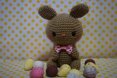 Los mundos de Esthercita: Amigurumi Conejo de Pascua (patrón gratis) Teddy Bear, Toys, Animals, Easter Bunny, Free Pattern, Activity Toys, Animaux, Animal, Animales