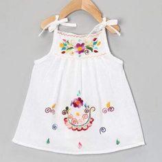 Lindos vestidos para você SE inspirar para sua Princesa Baby Dress Design, Baby Girl Dress Patterns, Frock Design, Kids Frocks, Frocks For Girls, Baby Girl Party Dresses, Little Girl Dresses, Cotton Frocks, Kids Dress Wear