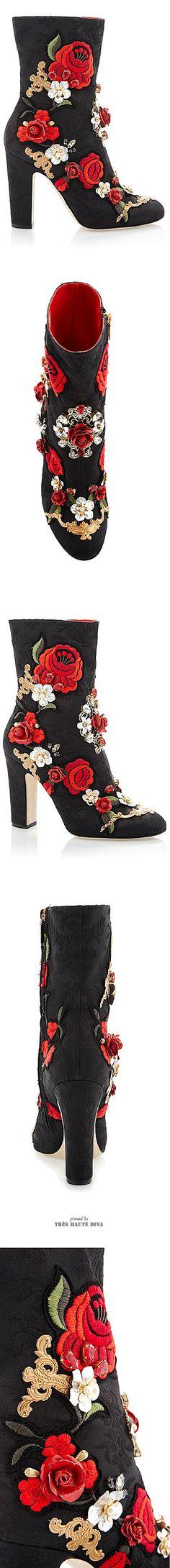 Dolce & Gabbana Bullfight Jacquard Embellished Boot SS 2015 ♔ Tres Haute Diva