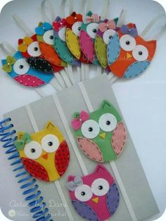 The best DIY projects & DIY ideas and tutorials: sewing, paper craft, DIY. DIY Gifts & Wrap Ideas 2017 / 2018 These sweet little, felt owls make lovely book marks or keep your book closed in your bag so the pages don't get Kids Crafts, Owl Crafts, Diy And Crafts, Craft Projects, Sewing Projects, Adult Crafts, Felt Projects, Fabric Crafts, Sewing Crafts
