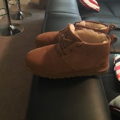 Brown men's lowtop uggs Brown sheep skin , lowtop uggs UGG Shoes Lace Up Boots