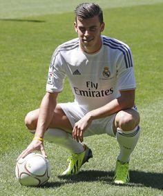 Gareth Bale --- Real Madrid