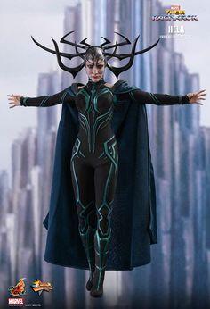 Hot Toys Thor: Ragnarok scale Cate Blanchett as Hela Collectible Figure Thor Ragnarok Costume, Thor Ragnarok Movie, Thor Ragnarok Hela, Hela Thor, Loki Costume, Marvel Hela, Chibi Marvel, Loki Marvel, Marvel Fan