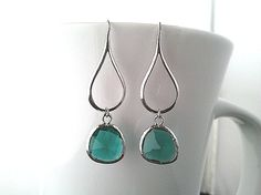 Silver Water Drop with Emerald Green Chandelier Earrings ,Drop, Dangle, bridesmaid gifts,Wedding jewelry,christmas gift, cocktail jewelry