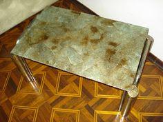 Lar de arteira: Mesinha revestida com coador de café usadohttp://lardearteira.blogspot.com.br/2012/11/cadeiras-tubulares-revestidas-com.html