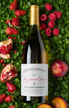 #LeopardsLeap #wine #Culinaria #pinotnoir #berries #nectarines #winepairing #styled #photography Pinot Noir, Wines, Berries, Favorite Recipes, Bottle, Photography, Food, Photograph, Flask