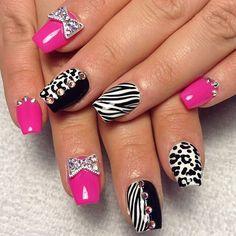 Zebra pink cheetah and bling Fancy Nails, Bling Nails, Love Nails, My Nails, Zebra Nails, Leopard Nails, Pink Cheetah, White Zebra, Black White