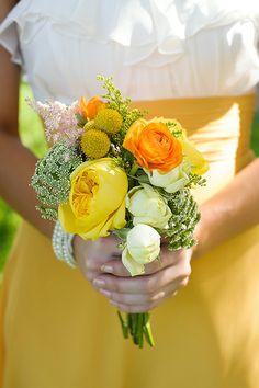 petite yellow bouquet | Soli Photography #wedding