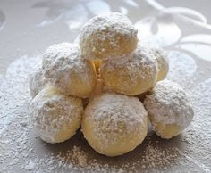 Vanille butterbusserl soft and healthy vegan peanut butter cookies Sugar Cookie Recipe Easy, Easy Sugar Cookies, Cookie Recipes, Baking Recipes, Bolo Vegan, Vegan Cake, Stollen Recipe, German Christmas Cookies, Vegan Peanut Butter Cookies
