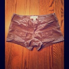 Light Brown Shorts I'm selling some Anchor Blue short shorts. They've been worn a couple times but are in good condition. They're great for the summer with a cute tank top. Anchor Blue Shorts