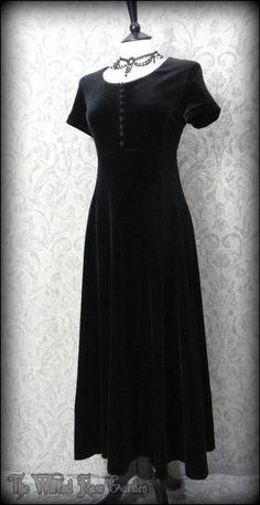 Plush Black Velvet Button Chest Maxi Dress 12 Hippie Witchy Gothic Mori Boho 90s | THE WILTED ROSE GARDEN