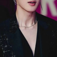 whAT thE fUCk jIMIn WHo alLowED tHiS pHotO tO cIrcULAte On tHE inTERNet aND exPecT US nOt tO dIE