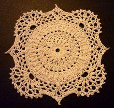 Beautiful Doily: free pattern