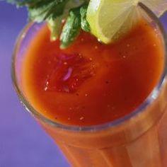 Aprenda a fazer o hidratante suco e alcaçuz - Foto: Getty Images