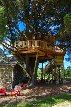 angry-orchard-treehouse-exterior-1