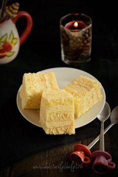 Prajitura cu foi si crema de lamaie Romanian Desserts, Romanian Food, Confectionery, Cake Cookies, Carne, Sweet Treats, Dessert Recipes, Food And Drink, Sweets