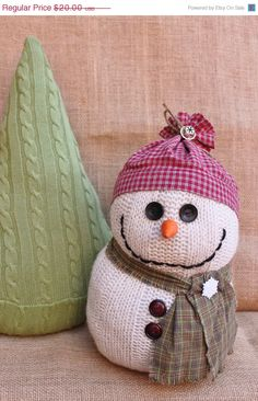 Repurposed Sweaters - I love the snowman, the tree would look more tree like with buttons sewn on like ornaments