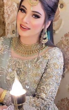 Pakistani Clothing, Pakistani Outfits, Wedding Ring, Wedding Engagement, Dress Styles, Hair Styles, Wedding Makeup Looks, Stylish Girls Photos, Bride Makeup
