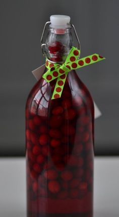 Homemade Gift: Cranberry Infused   Vodka