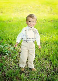 Linen Ring Bearer Outfit, 3 Piece Set, Ring Bearer Bowtie, Suspenders, and Pants. Wedding Outfit for Ringbearer