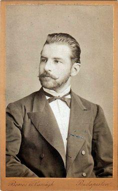 Hot Vintage Men: Professor De Lorie's Amazing Picture Show