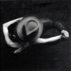 ☾ Midnight Dreams ☽ dreamy dramatic black and white photography - night tango Dance Like No One Is Watching, Dance With You, Shall We Dance, Lets Dance, A Well Traveled Woman, The Embrace, Dance Movement, Argentine Tango, Foto Art