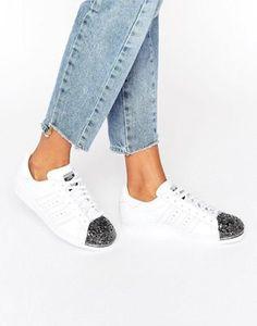 adidas Originals – Superstar – Weiße Sneakers mit Zehenkappe in Silber-Metallic
