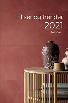 Lurer du på hvilke fliser som gjelder nå? Vi har sett på flistrendene for 2021. 😃 ⚫ Ceramic tile trends for 2021. ⚫ #fagflis #interiør #interiørinspo #kjøkken #bad #fliser Table, Furniture, Design, Home Decor, Decoration Home, Room Decor, Tables, Home Furnishings